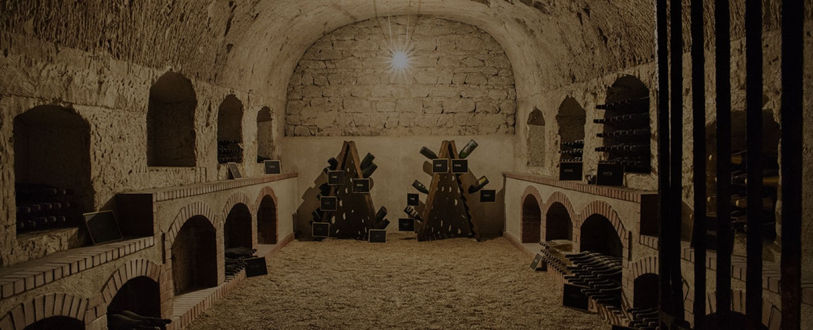 Champagne-perrier-jouet-caves